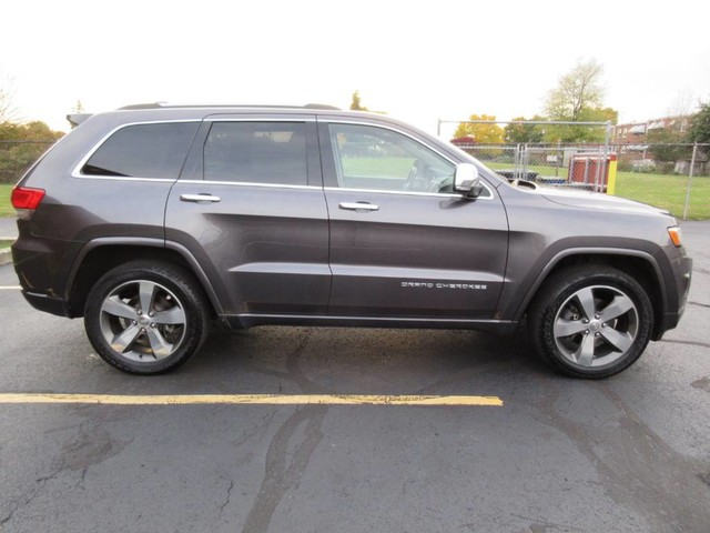 Pre-Owned 2015 Jeep Grand Cherokee Utility 4D Overland 4WD