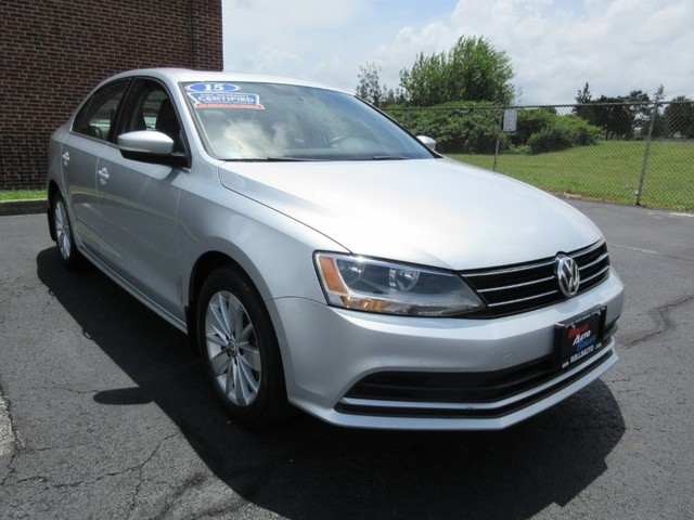 Pre-Owned 2015 Volkswagen Jetta Sedan 4D TDI SE I4