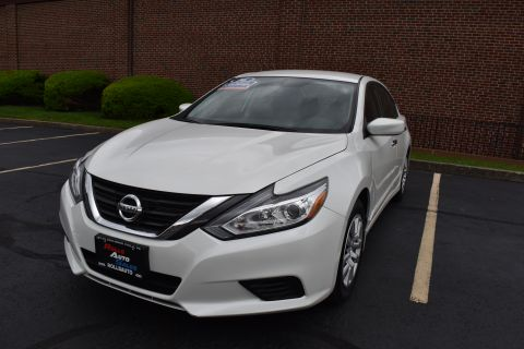 Pre-Owned 2016 Nissan Altima Sedan 4D S I4