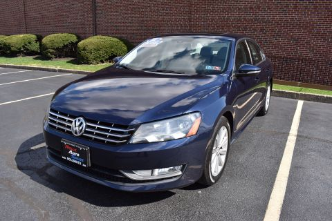 Pre-Owned 2012 Volkswagen Passat-5 Cyl. Sedan 4D SEL